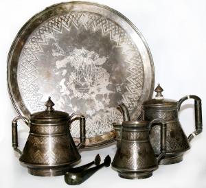 Сервиз чайный фирмы братьев Грачевых
