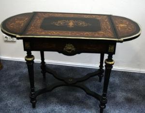 Стол в стиле Американского Ренессанса