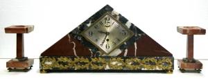 Часы и два настольных украшения в стиле Ар-Деко