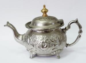 Чайник заварной с цветочным рисунком