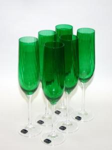 Высокие бокалы для шампанского